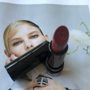 Gucci lipstick in 480. New. Never swatched